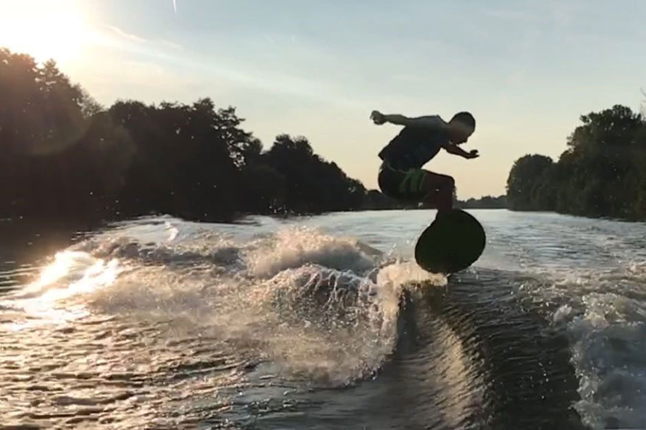 Max-Willner-dusk-surfing